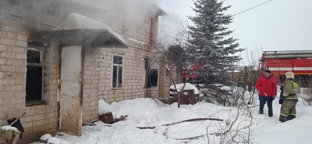 Пожарно-спасательные подразделения МЧС России выехали на пожар в Чишминском районе